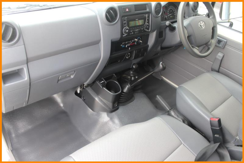 2014 TOYOTA LANDCRUISER WORKMATE (4×4) 3 SEAT VDJ78R MY12 UPDATE 1574